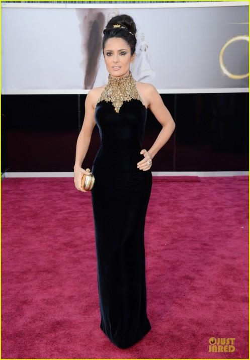 Salma Hayek Oscars-2013-red carpet