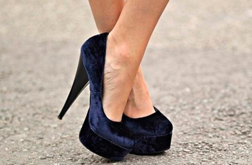 Sapatos veludo