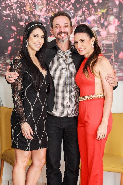 Bella Falconi,  Eduardo Ara+¦jo e Cristiana Dias-2